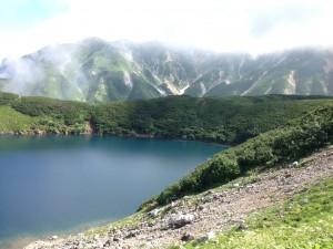 登山スタートの景色
